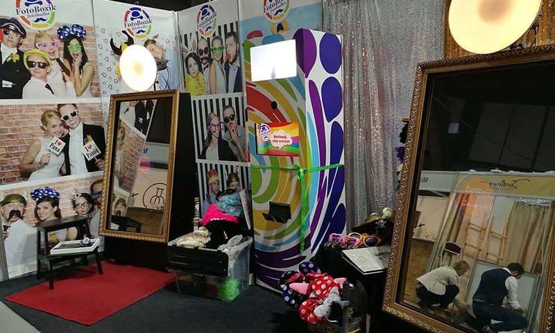 fotobudki i foto lustro na targach slubnych w hali stulecia wroclaw