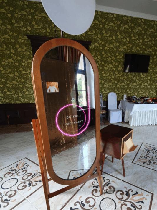 retro lustro na wesele